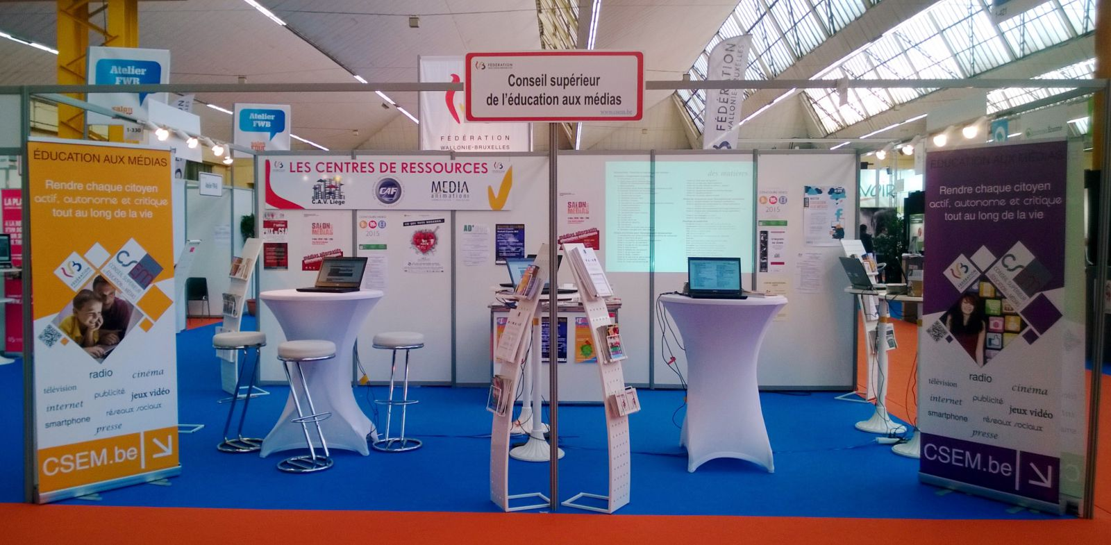 Le stand du CSEM au Salon de l'éducation